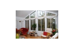 Sun room with blinds shut- East Handover, NJ- Lifetime Alluminum